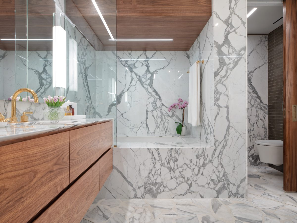 Carillon Miami residence floor-to-ceiling marble shower