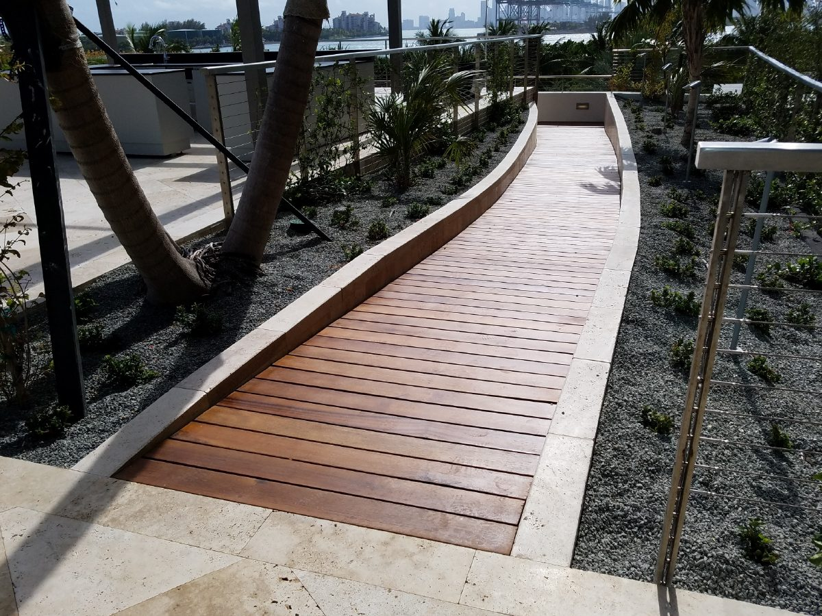 PtrBlt Miami Apogee Pool Deck straight section